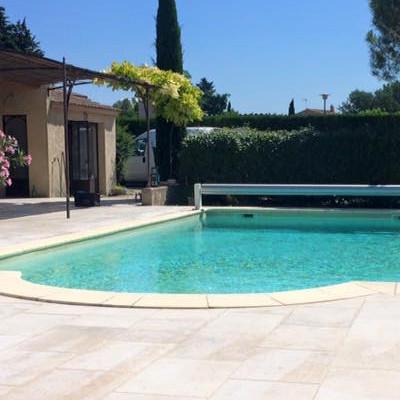 construction piscine Avignon vaucluse